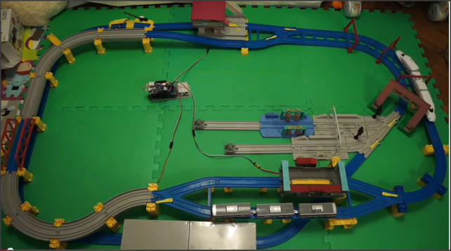 Build up a iPad Plarail Patrol with Arduino + OSC